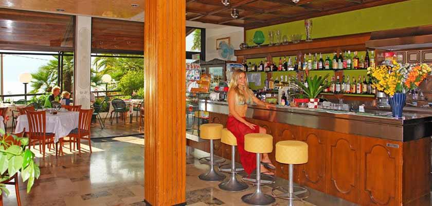 Hotel Europa, Limone, Lake Garda, Italy - bar.jpg